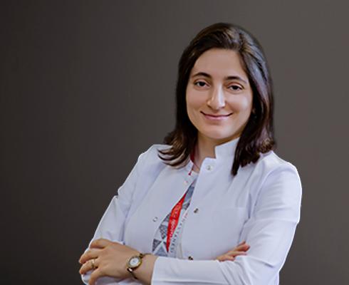 Dr. Dt. Zeynep Göztaş